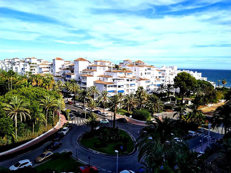 Nueva Andalucía.
